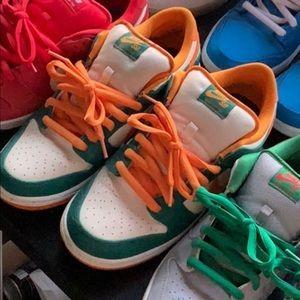Nike sb low kumquat